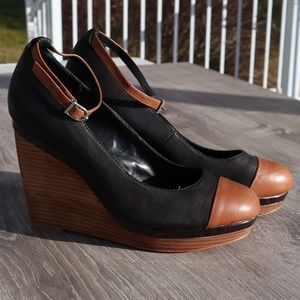 White House Black Market leather two tone wedges